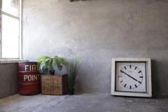 Buckle Grey wall 5