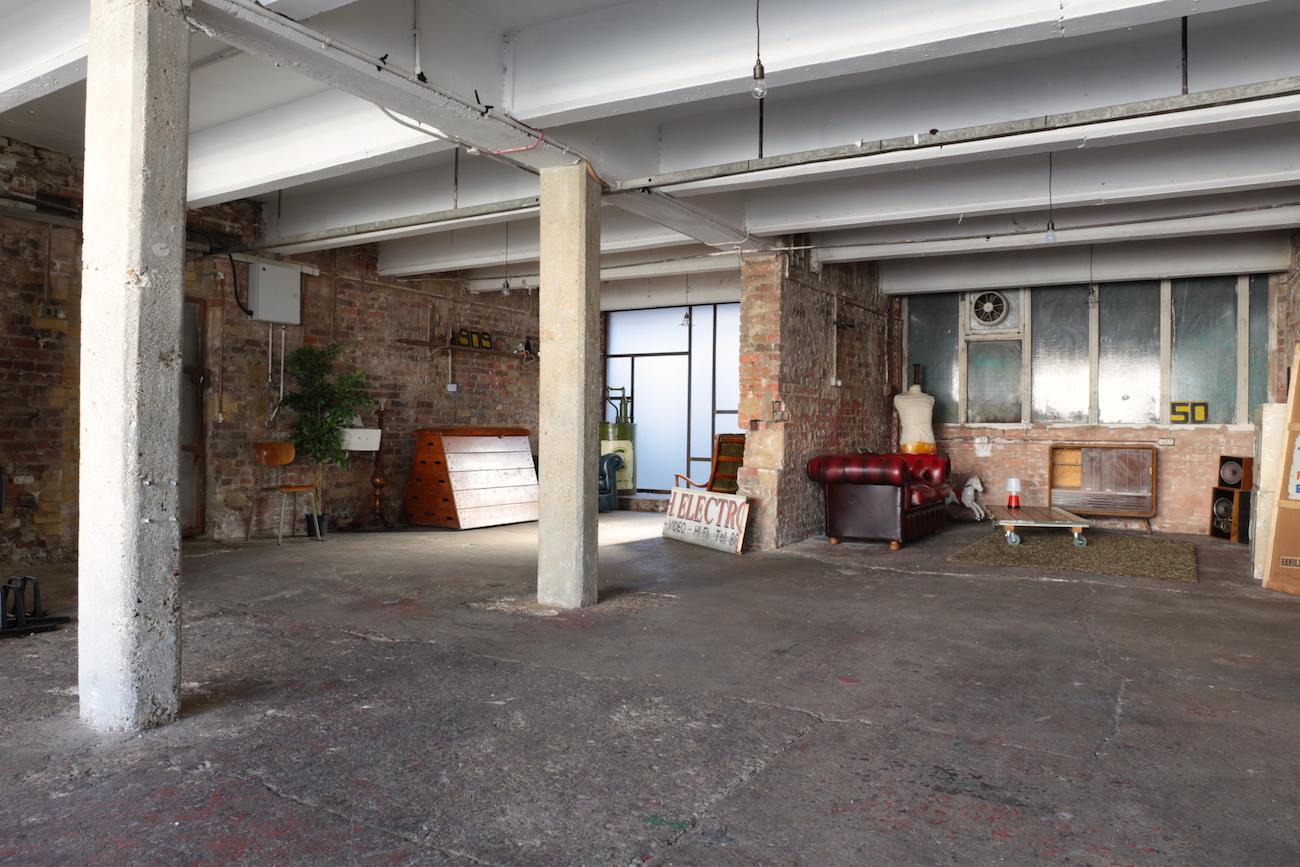 Buckle Factory 19