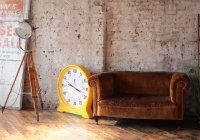 sofa 5, Clock, Light